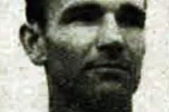 Lajčo Kujundžić, bivši fudbaler Spartaka iz Subotice i Crvene Zvezde. Jedan od Spartakovih najboljih igrača svih vremena. U sezoni 1950 51. nastupao za Crvenu Zvezdu koja je te godine postala šampion Jugoslavije.